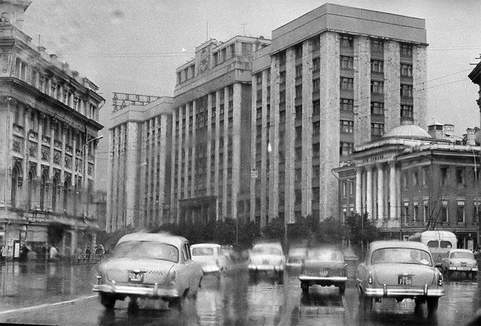Почему СССР всегда отставал от Запада в сфере электроники?