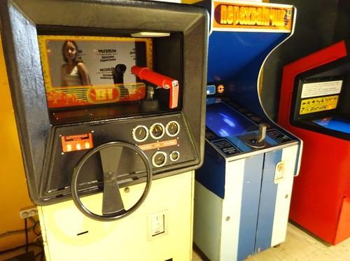 Игровые автоматы морской бой прайс-лист hander straik играть бесплатно игровые автоматы