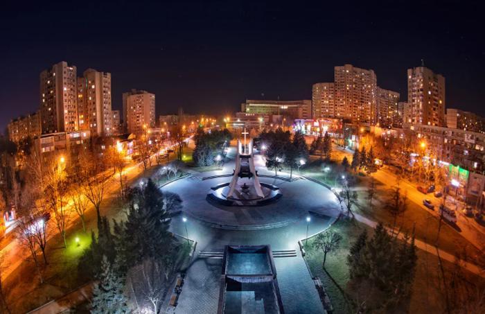 """В Молдавии просят снизить цену на российский газ для республики, чтобы легче было """"идти в Европу"""""""