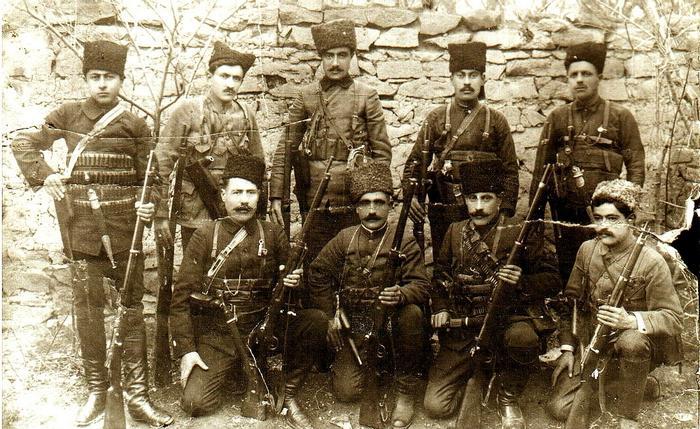 Армянские отряды самообороны.