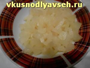 нарезанные ананасы для начинки