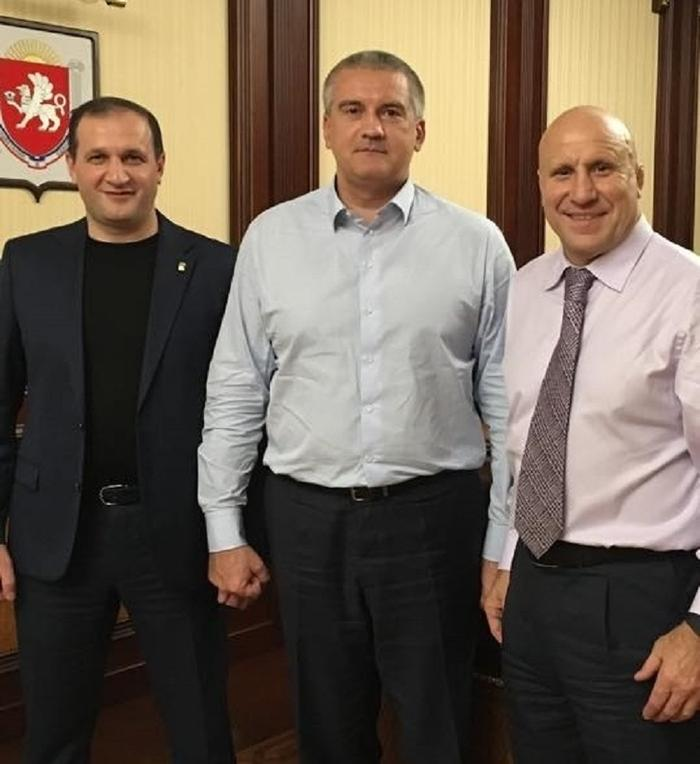 «Они могут давить на свидетелей»: Назимова и Степанченко не выпускают из СИЗО