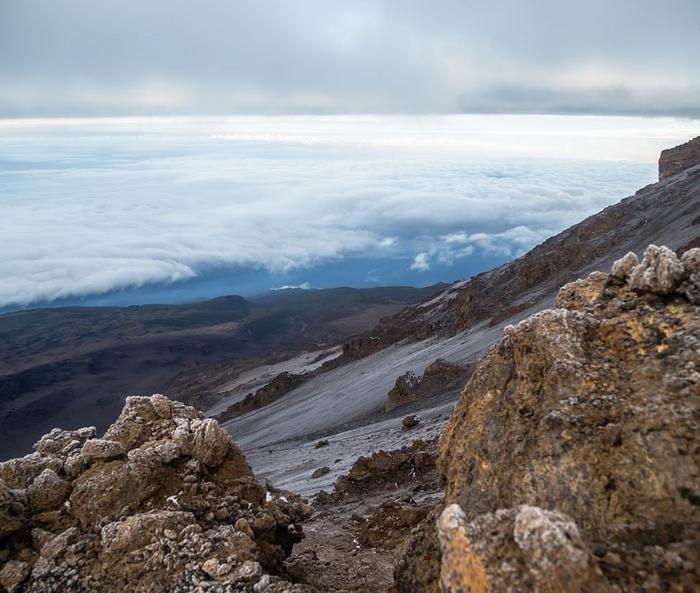 Облака вокруг Килиманджаро