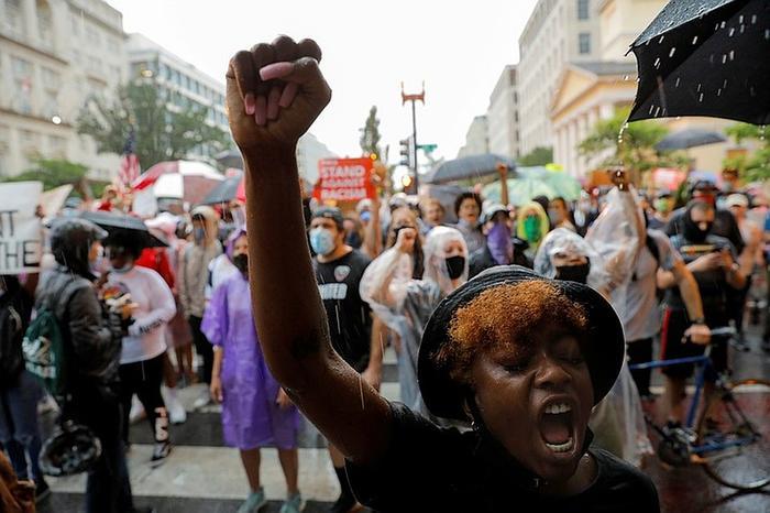 Многие афроамериканцы до сих пор не доверяют белым Фото: REUTERS