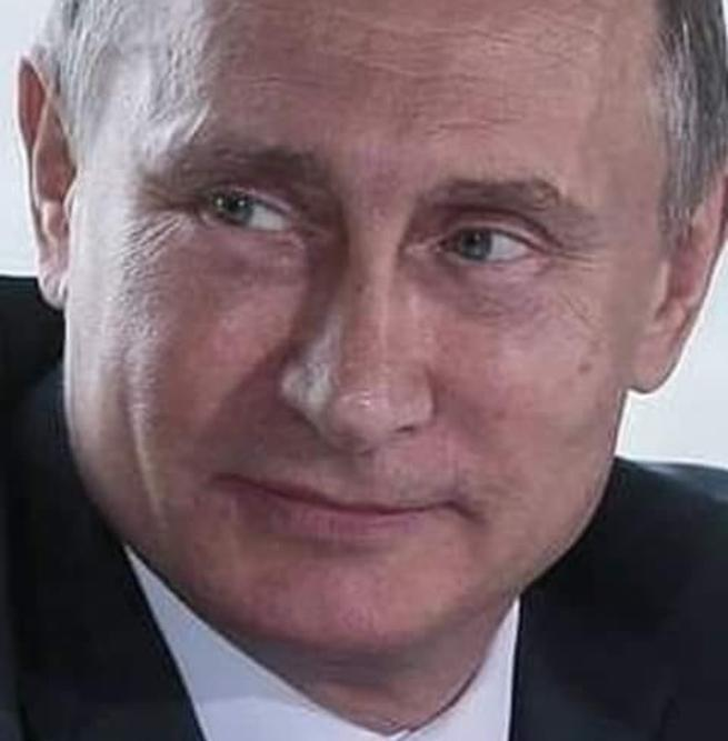 Путин пришёл в далеком 1999, когда от России осталось одно название