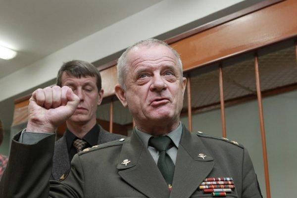 Мятежный схиигумен Сергий благословил на 'ратный подвиг' экс-полковника ГРУ, который сидел за попытку госпереворота - фото 53709
