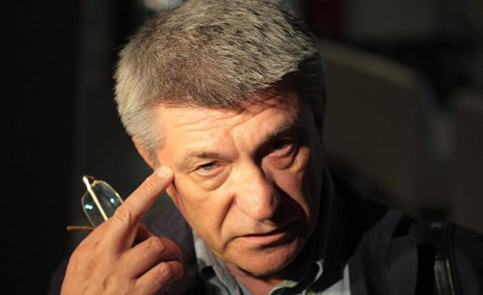 Сокуров рассказал, что ФСБ ищет против него компромат из-за его замечаний Путину