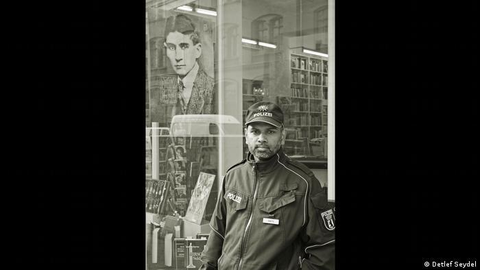 Детлеф Зайдель (Detlef Seydel), Полицейский для Кафки