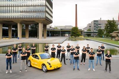 Автомобиль Luca, созданный из переработанного мусора.