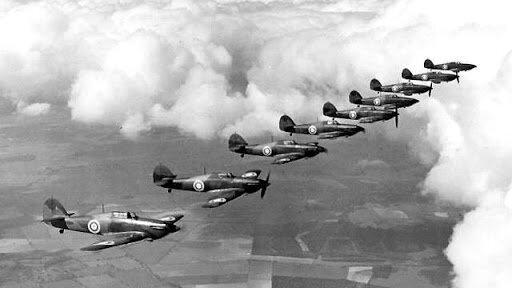 Истребители Харрикейн Британских ВВС. Взято из свободных источников.