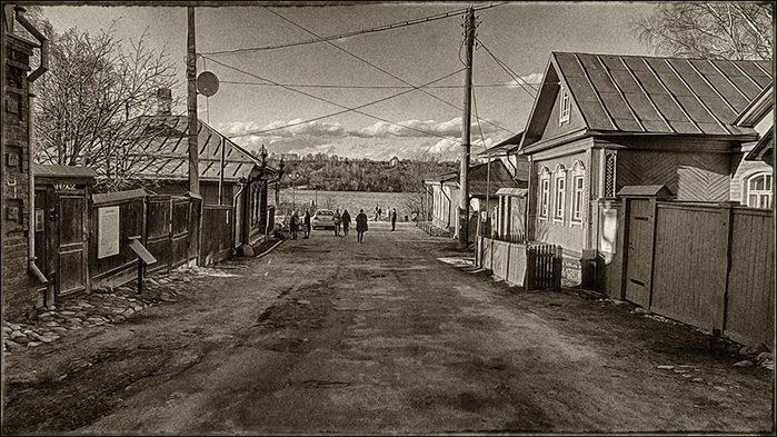 Улицы Плёса/3673959_15 (700x393, 89Kb)
