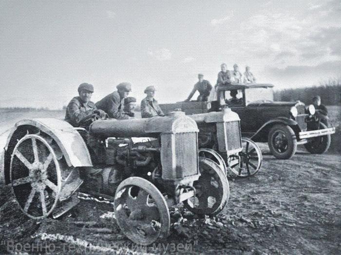 колхоз трактор4