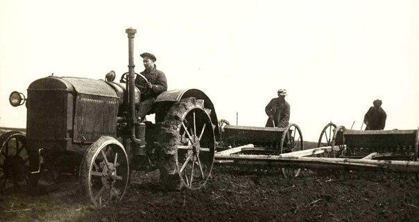 трактор колхоз2