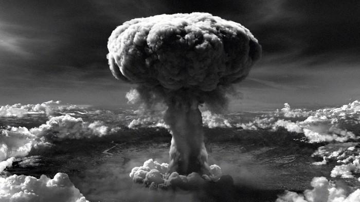 the question of whether bombing of hiroshima and nagasaki was wrong