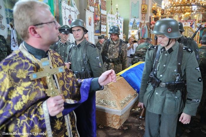 Александр Роджерс: Обыкновенный украинский фашизм