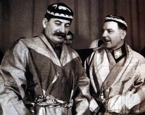 Книжная ярмарка от товарища Сталина, в начале 30-х годов