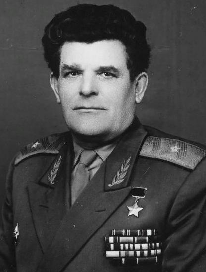 генерал-майор И.Н.Мошляк (1907-1981), Фото из открытого доступа