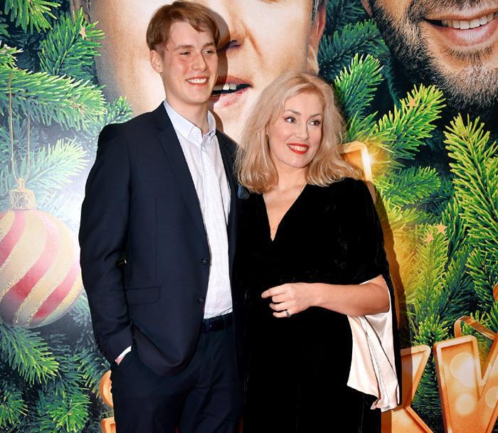 Шукшина вместе с сыном могла бы заработать на ток-шоу на хорошую квартиру в Москве