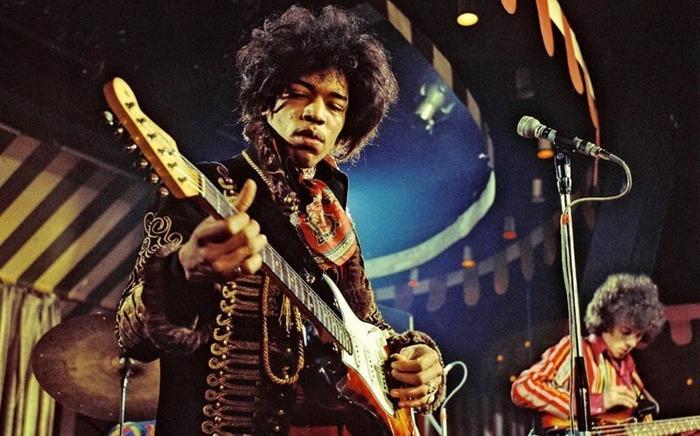 20 легендарных гитаристов современности