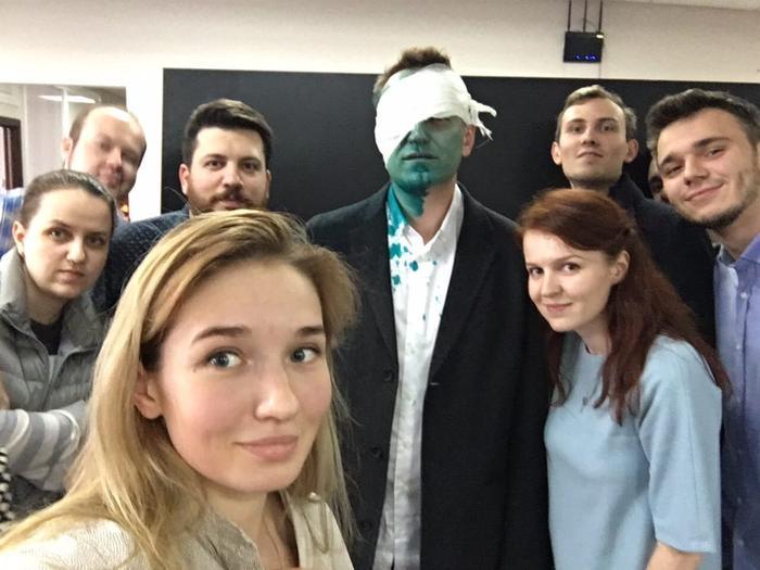 Активист движения SERB признался, что снимал нападение на Навального