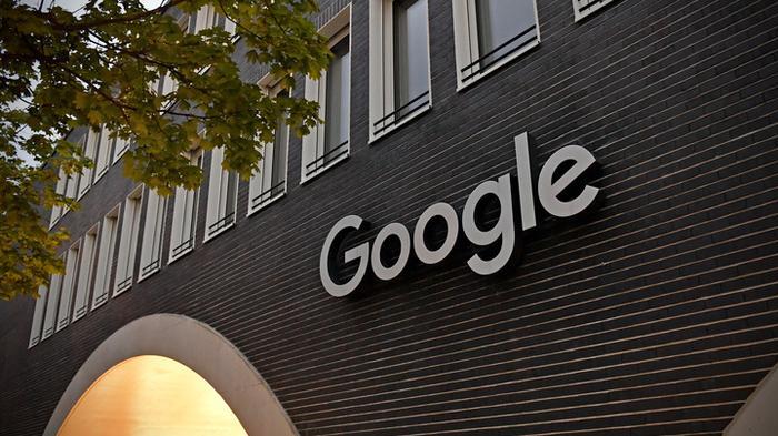 Юристы Google сбежали с заседания суда в Москве после простейшего требования
