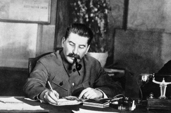 Как изменился распорядок дня Сталина в Великую Отечественную