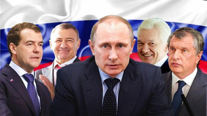 Они всегда рядом: Д. Медведев, А. Ротенберг, Г. Тимченко, И. Сечин.