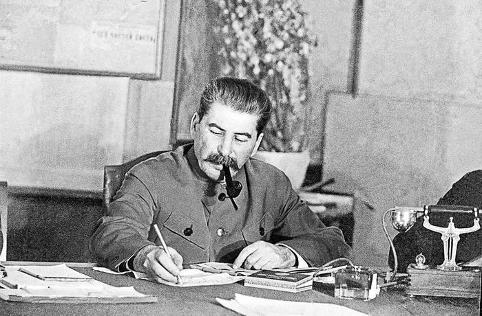 75 лет назад Сталин подписал самый важный приказ за всю войну