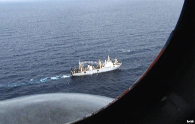 трахает в охотском море затонуло судно маршрута между Подольском