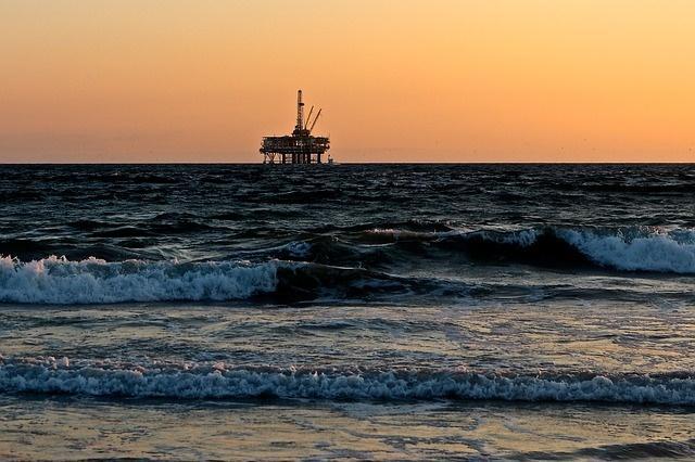 В США создали губку, которая очистит водоемы от нефти