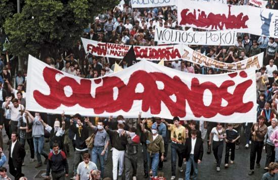 Картинки по запросу польская солидарность 1989