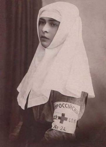 Даша Севастопольская: история сироты, которая бросила вызов смерти