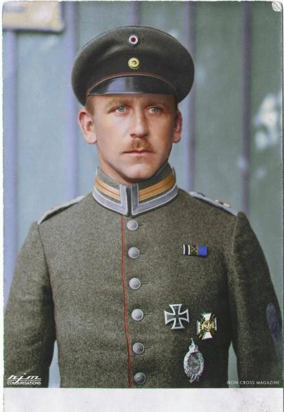Еврейский ас летчик-истребитель Эдмунд Натанаэль (1889-1917). На его боевом счету 15 сбитых самолетов противника. Погиб в воздушном бою 11 мая 1917 г.
