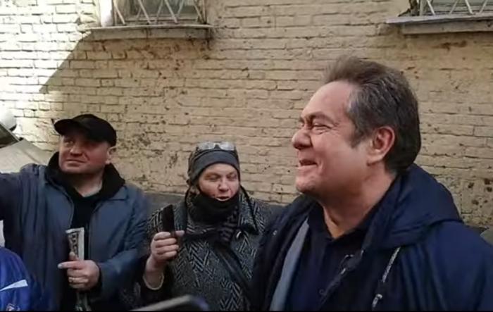 Платошкина привезли в суд. скриншот