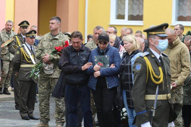 Майора Полевого, погибшего на Донбассе, похоронили в Хмельницкой области 03