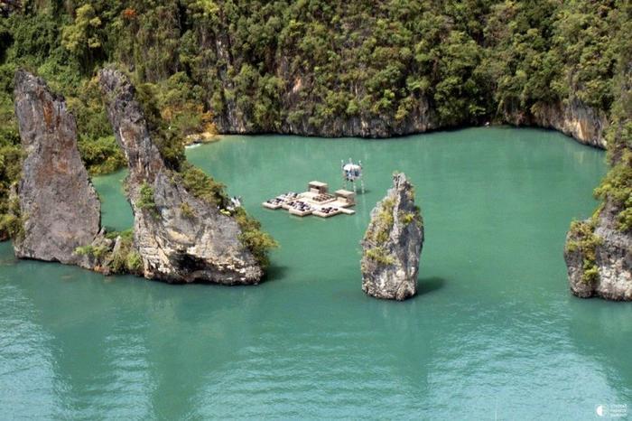 Плавающий кинотеатр в Таиланде 0