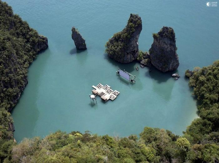 Плавающий кинотеатр в Таиланде 2