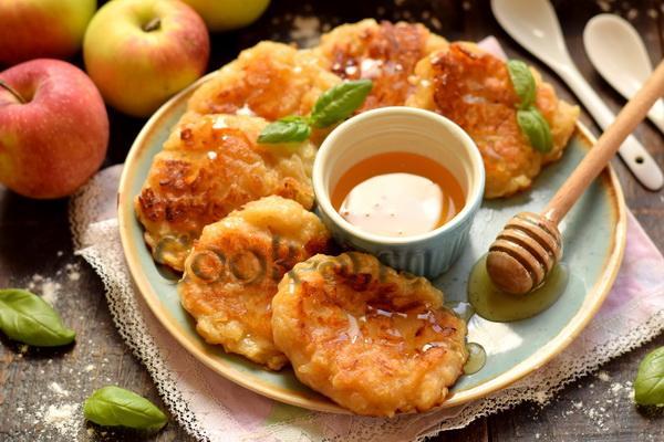 яблочные драники рецепт