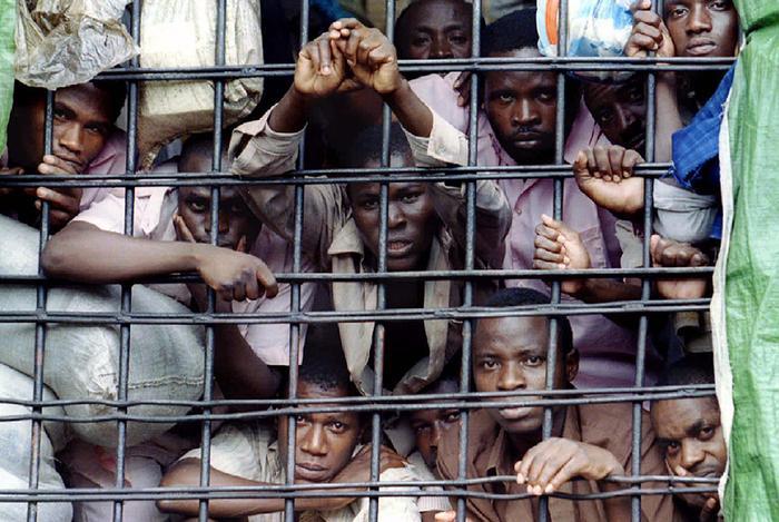 Зоны невозврата. Самые мрачные и неприступные тюрьмы мира