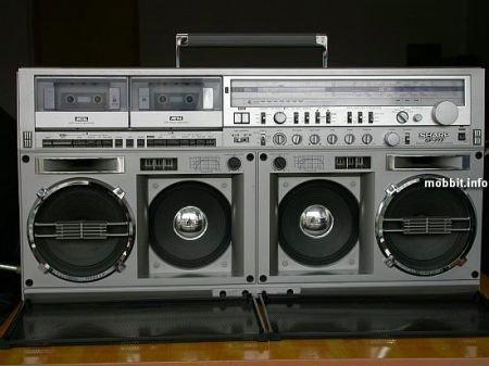 Интересная подборка типичных кассетных магнитофонов 80-х годов.  Большинство из них продается сейчас на...