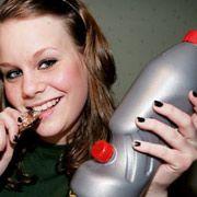Анна Аксельссон изобрела новую бутылку для воды, которую нельзя пролить