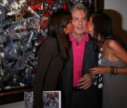 Ален Делон продал свои картины за 9 млн. евро