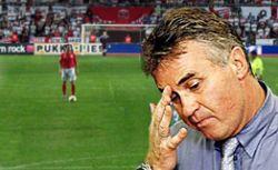 Сборная России по футболу прогрессирует от матча к матчу - Гус Хиддинк