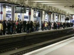 Франция парализована забастовкой транспортников
