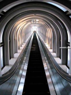 Самые высокие в мире эскалаторы (видео)