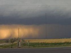 На северо-восточную часть штата Миссури обрушился шторм