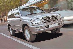 Водителя Пугачевой подозревают в краже ее машины