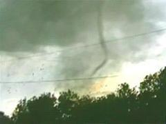 На американский штат Флорида обрушился мощный ураган с торнадо