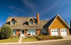 Где лучше жить - в квартире или в частном доме?