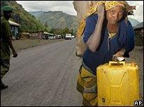 Конго: тысячи бегут от войны